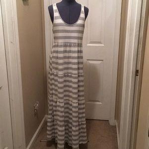 LC Lauren Conrad Maxi Dress